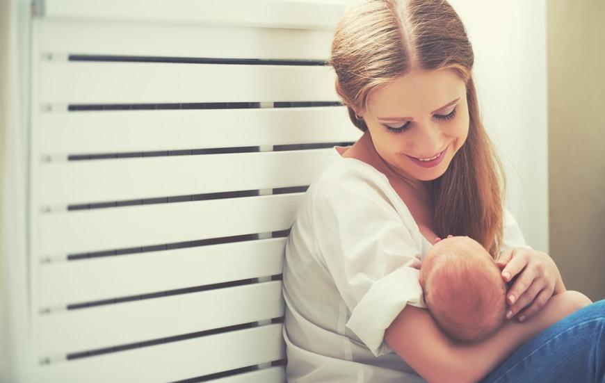 nuôi con bằng sữa mẹ giúp giảm mỡ bụng sau sinh