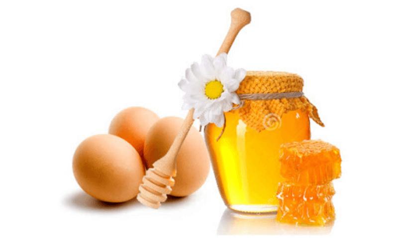 Sử dụng trứng gà + mật ong tăng vòng 1